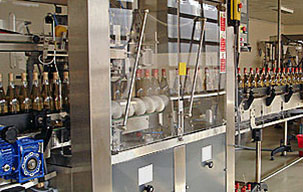 wine-bottling-line (r center)